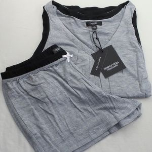 Vera Wang Women's Pajama Set Small Shorts & Shirt